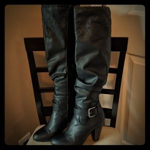 Just Fab boots like new